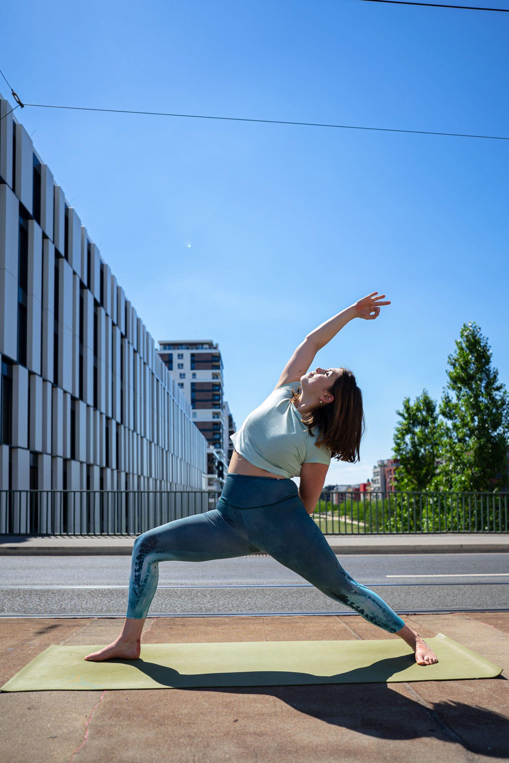 Laura Loves Yoga | Privat Yoga in Düsseldorf