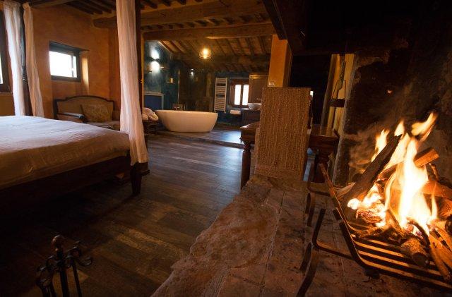 Yoga & Reit Retreat Toskana Haus Zimmer mit Badewanne